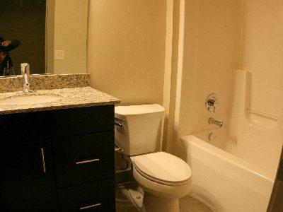 The Auction House bathroom
